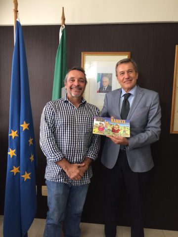 Cônsul-Geral Roberto Bortot recebe a visita do Carlos Henrique Iotti